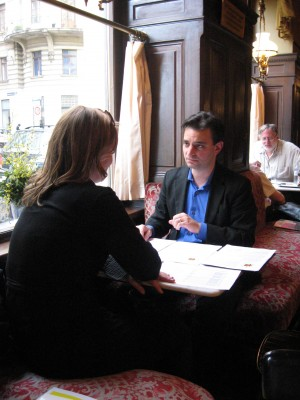 PH conducting art personality tests at Cafe Sperl, Vienna, May 8, 2009